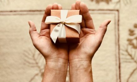 6 Tips for Buying a Car as a Gift