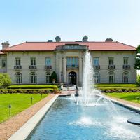 Historic Herman and Claudia Uihlein lakefront estate on sale block for $6.95 million: Open House